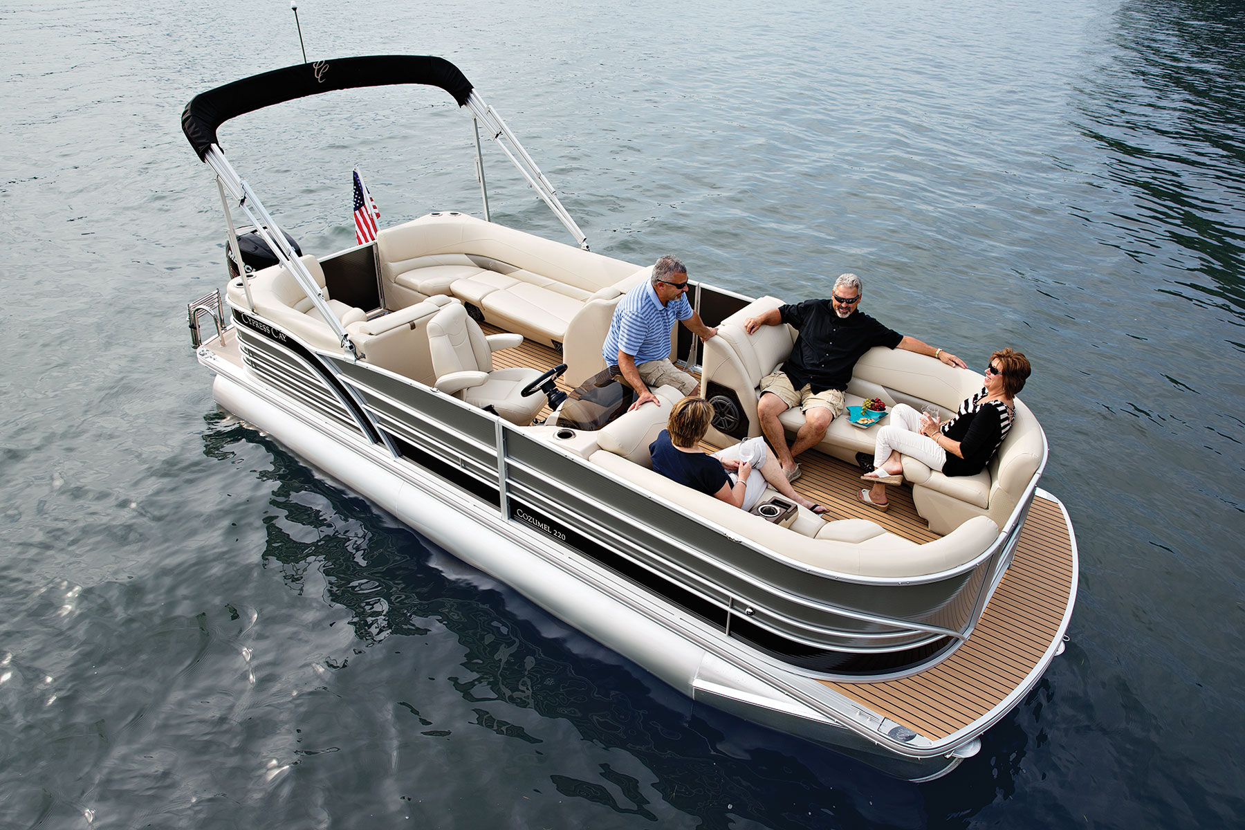 Picture of 10 Passenger Cypress Cay
